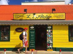 Repost from Instagram ! #WeLike ! #Madinina by @yesmyfriend Sainte-Anne este unul dintre cele mai turistice locuri așa că nu am ratat ocazia să explorăm la pas coloratul orășel aflat în Le Sud Atlantique   Dacă vrei și tu în Martinique intră pe noul.esky.ro/concurs și poți câștiga marele premiu vacanță în doi în Martinique oferit de @eskyro #nouleSky #10anizecidepremii http://ift.tt/1LM4sIm