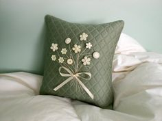Decorativo de la almohadilla acolchado almohada por AThymetoSew