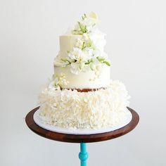 unbirthdaybakery wedding cake