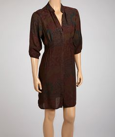Three-quarter sleeves and a collared v-neck ensure this ombré frock offers instant sophistication to any ensemble. Affordable Dresses, V Neck Dress, Frocks, Collars, That Look, Wrap Dress, Cold Shoulder Dress, Dresses For Work, Gowns