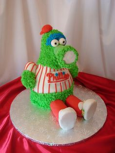 would be cool as a cardinal. Cake Cookies, Cupcake Cakes, Cupcakes, Beautiful Cakes, Amazing Cakes, Philadelphia Wedding, Sugar And Spice, Creative Cakes, Love Is Sweet