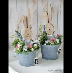 Account suspendedDecorative objects - Easter bunny spring arrangement - a designer piece by ChriSue at . - Anna - Anna be ChriSue DekoObjekte DesignerstückBed spring ornament displaybed spring ornament display, christmas decorations, seasonal holiday Hoppy Easter, Easter Gift, Easter Crafts, Easter Bunny, Easter Eggs, Spring Projects, Spring Crafts, Easter Flower Arrangements, Easter Presents