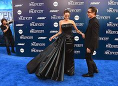 Angelina Jolie Photos - Actress Angelina Jolieand Brad Pitt arrive at the World Premiere Of Disney's 'Maleficent' at the El Capitan Theatre on May 2014 in Hollywood, California. - 'Maleficent' Premieres in Hollywood — Part 4 Angelina Jolie Maleficent, Angelina Jolie Photos, Brad Pitt And Angelina Jolie, Trauma, Brad Pitt Photos, Versace Gown, Star Wars, Entertainment, Queen