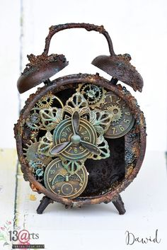 Zardzewiały budzik / Rusty alarm clockPapier i metal / Paper and metalNostalgia z motylami / Nostalgia with butterfliesLemoncraftowy komplet / A set for LemoncraftTag z syrenką / A tag with mermaid