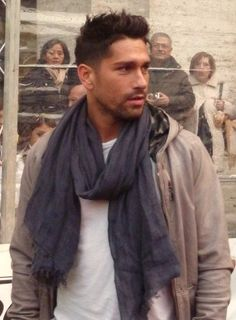 Nice haircut -Marco Borriello Uomini Italiani 46c5cd271e83