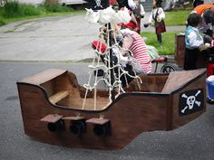 Floats, sand boxes, and excavators: Pirate Ship Wagon Float