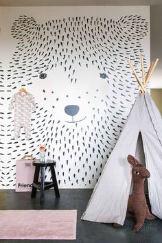 Ozp 3770 Wow, what a great idea l Make your own wall mural yourself l Wallpaper ~ Onszelf The post Ozp 3770 appeared first on Woman Casual - Kids and parenting Kids Room Wallpaper, Wallpaper Panels, Bear Wallpaper, Bedroom Wallpaper, Wallpaper Ideas, Baby Bedroom, Kids Bedroom, Bedroom Decor, White Kids Room