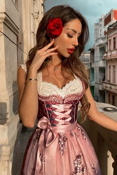 Oktoberfest Outfit, Oktoberfest Party, Drindl Dress, The Dress, Octoberfest Girls, Girly Outfits, Trendy Outfits, Cosplay Outfits, Traditional Dresses