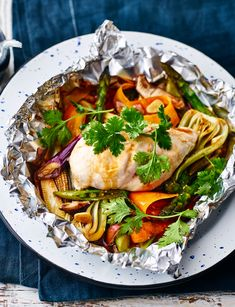 Use a pack of stir-fry veg to make these aromatic oriental chicken parcels. A gluten-free, flavoursome dinner for two. Kitchen Recipes, Gourmet Recipes, Healthy Recipes, Uk Recipes, Savoury Recipes, Steak And Chips, Slow Roast Lamb, Midweek Meals, Weeknight Dinners