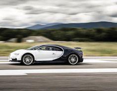How It's Made: Bugatti Gives a Peek Inside Its Chiron Factory in Molsheim Super Sport Cars, Super Cars, Dual Clutch Transmission, Bugatti Cars, Bugatti Chiron, Car In The World, Hot Cars, Concept Cars, Printmaking