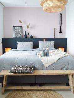 Binnenkijken bij Shanti - My Simply Special Dream Bedroom, Home Bedroom, Diy Bedroom Decor, Home Decor, Tiny Master Bedroom, Small Bedrooms, Bedroom Orange, Home Living, My New Room
