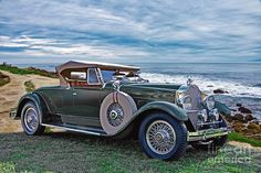 1929 Packard 640 Runabout by Dietrich. Notice the Pilot Rays are turned slightly outward although the front wheels look fairly straight.