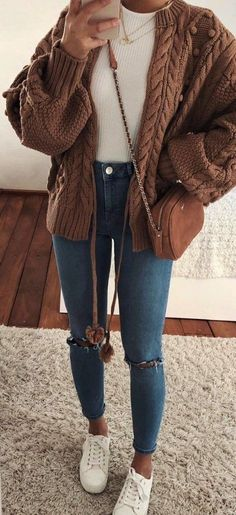 cute outfits for women - cute outfits ; cute outfits for school ; cute outfits with leggings ; cute outfits for women ; cute outfits for winter ; cute outfits for school for highschool ; cute outfits for spring Fall Outfits For Teen Girls, Trendy Fall Outfits, Winter Fashion Outfits, Look Fashion, Stylish Outfits, Spring Outfits, Casual Outfits For Winter, Teenager Outfits, Comfortable Fall Outfits