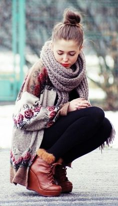Baggy floral sweater and thick scarf <3