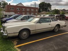 Curbside Classic: 1975 Lincoln Continental Mark IV – Former Cover Girl Now Living on the Wrong Side of the Tracks A Hundred Years, Lincoln Continental, Covergirl, Custom Cars, Classic Cars, The Neighbourhood, Track, American, Ford