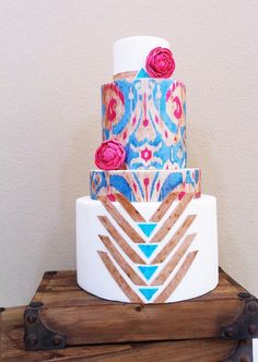 cool graphic cake! Utterly Engaged by www.heytherecupcake.com, via Flickr