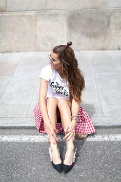 THE SUPER GIRLS LOOKS   http://stylelovely.com/bartabacmode/2017/05/the-super-girls