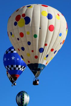 Albuquerque International Balloon Fiesta: Come see 750 gas and hot-air balloons, floating gracefully in a Technicolor ballet above the serene New Mexico landscape.