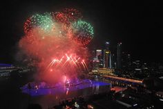 New Year's fireworks light up Singapore