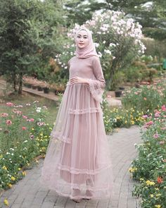 See More in Pintergram Hijab Prom Dress, Dress Brukat, Muslimah Wedding Dress, Hijab Style Dress, Muslim Dress, The Dress, Dress Outfits, Islamic Fashion, Muslim Fashion
