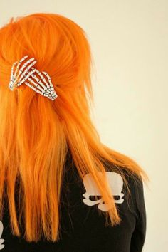 Bright Orange Hair Skull Hand Clips Halloween idea maybe? And yes I know it's almost Christmas just an idea.. ^.^