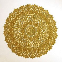 Double Pineapple Doily by American Thread Company - free pattern