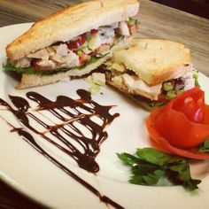 Happy Glorious Thursday! Today we have our Turkey Salad Sandwhich on toasted sourdough paired with our amazing Green Chili Corn Chorwder made with Anaheim Green Chili's  currently in season! $5 glasses of our house organic Red and white wines! Xoxo #GhinisFrenchCaffe #TucsonOriginalsRestaurants
