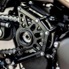 Joker Machine black sprocket cover