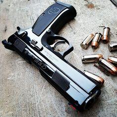 /// Welcome to the Guns /// We do not sell Firearms Weapons Guns, Airsoft Guns, Guns And Ammo, Cz 75, Gun Art, 45 Acp, Custom Guns, Cool Guns, Firearms