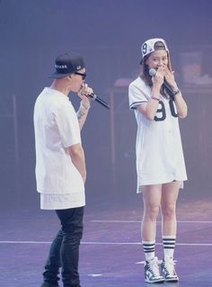 Monday couple in concert. Running Man Song, Running Man Cast, Running Man Korea, Ji Hyo Running Man, Couple Running, Gary Kang, Monday Couple, Kim Jong Kook, Korean Variety Shows
