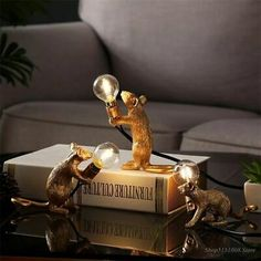 Terrazas Chill Out, Gold Desk, Mini Mouse, Rat Mouse, Resin Table, Wood Table, Luminaire Design, Lamp Design, Container Gardening
