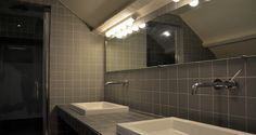 salle de bain grise entièrement rénovée par l'Agence d'architecture intérieure Apolline Terrier