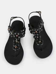 Online shopping for Floral Jelly Thong Sandals BLACK from a great selection of women's fashion clothing & more at MakeMeChic.COM.