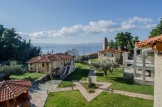 #kaminos  #Evian #Gulf #Greece #hotel #resort Holiday Time, Greece, Relax, Mansions, House Styles, Building, Nature, Travel, Mansion Houses