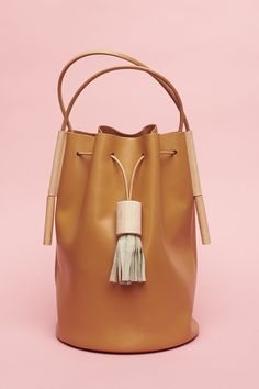 I need this bag now.