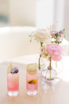 A Bridal Shower with Subtle, Feminine Touches We Can't Stop Dreaming About - WedLuxe Magazine Flower Cake Decorations, Wedding Decorations, Wedding Trends, Wedding Blog, Wedding Ideas, Summer Wedding Colors, Inspiring Things, Floral Wedding Invitations, Simple Weddings