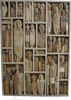 Interesting and quite captivating driftwood art by Marc Bourlier. Click the picture for a great collection. Driftwood Projects, Driftwood Art, Driftwood Beach, Wood Sculpture, Sculptures, Ribbon Sculpture, Assemblage Art, Art Mural, Land Art