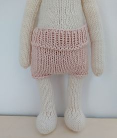 Ravelry: Clothes for The Oak Folk Set J pattern by Sandra Magalhães Crochet Yarn, Knitting Yarn, Baby Knitting, Knitting Patterns, Knitted Baby Outfits, Knitted Romper, I Cord, Knitted Animals, Knit In The Round