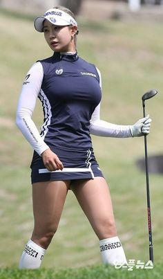 Incredible Stylish Women's Golf Clothing Ideas. Ravishing Stylish Women's Golf Clothing Ideas. Sexy Golf, Girls Golf, Ladies Golf, Sexy Asian Girls, Beautiful Asian Girls, Lpga Golf, Golf Attire, Golf Player, Sporty Girls