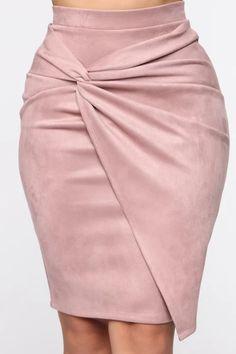 Knot Me Midi Skirt - Mauve – Fashion Nova Classy Outfits, Chic Outfits, Christmas Dress Women, Mauve, Blouse Dress, Elegant Outfit, Vintage Skirt, Women's Fashion Dresses, Midi Skirt