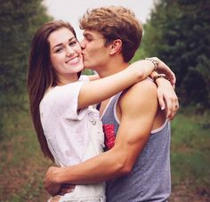 Sadie Robertson & Blake are relationship goals Cute Couples Photos, Fit Couples, Cute Couple Pictures, Cute Couples Goals, Couple Goals, Couple Photos, Fitness Couples, Couple Stuff, Funny Pictures