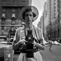Find the latest shows, biography, and artworks for sale by Vivian Maier. Vivian Maier was a photography hobbyist whose output would become an influential bod… Photographer Self Portrait, Self Portrait Photography, Vivian Maier Street Photographer, Photography Articles, Time Photography, Documentary Photography, Photography Tutorials, World Press Photo, Poesia Visual