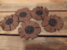 Primitive Americana Summer Flowers by primitivecrows on Etsy
