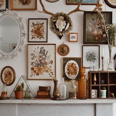 Vintage wall decor for living room vintage wall decor endearing lofty ideas vintage wall decor for . vintage wall decor for living room Antique Wall Decor, Vintage Home Decor, Antler Wall Decor, Travel Wall Decor, Boho Home, Eclectic Decor, Vintage Walls, My Room, Decoration
