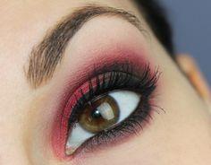 Makeup Factory Mat Eye Colors Red Rebel http://www.talasia.de/2015/10/02/redfriday-makeup-factory-mat-eye-colors-red-rebel/