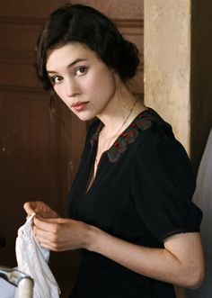 Astrid Berges-Frisbey in La Fille du puisatier, The Well-Digger's Daughter