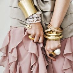 Dusty pink skirt and gold accessories. Love!