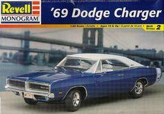 1969 Dodge Charger R/T / Revell-Monogram Plastic Model Kit