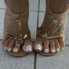 No photo description available. Pretty Toe Nails, Cute Toe Nails, Pretty Toes, Beautiful High Heels, Beautiful Toes, Feet Soles, Women's Feet, Sexy Legs And Heels, Sexy High Heels
