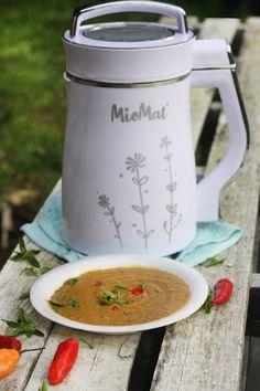 Chile, French Press, Coffee Maker, Kitchen Appliances, Milkshakes, Chowders, Veggies, Coffee Maker Machine, Kitchen Tools